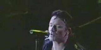 """U2 e sua """"live"""" em 2001"""