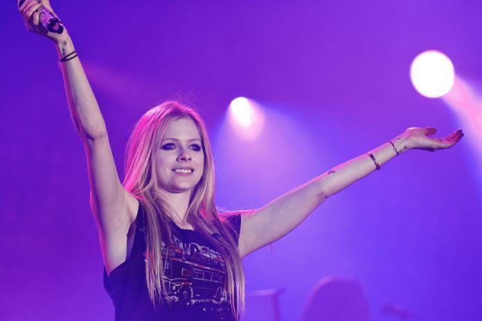 Avril Lavigne em 2011