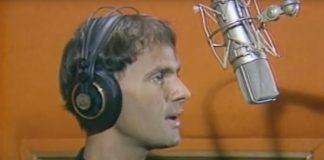 Cazuza cantando Cartola