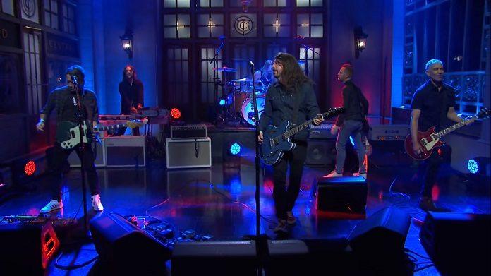 Foo Fighters no Saturday Night Live