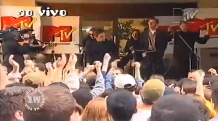 Titãs na MTV Brasil em 1998