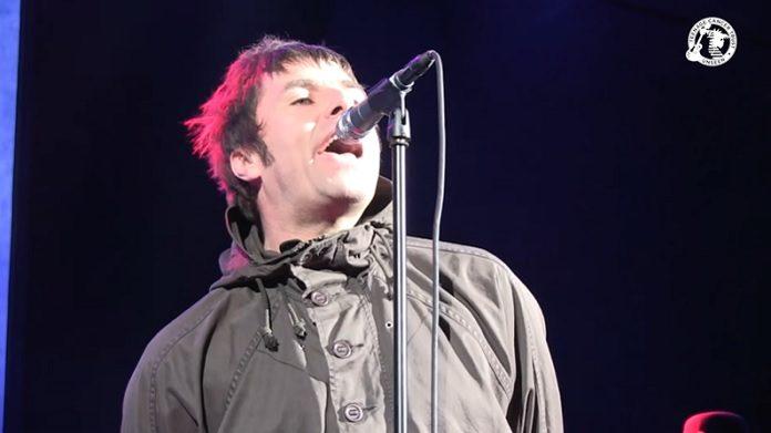 Liam Gallagher cantando The Who
