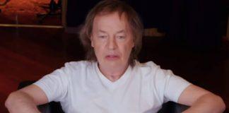 Angus Young em entrevista sobre o AC/DC
