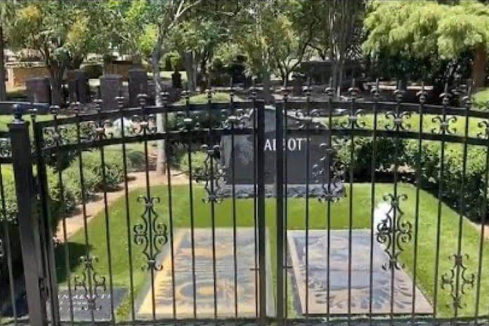 Túmulos dos irmãos Abbott, do Pantera