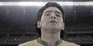 Maradona canta hino brasileiro em propaganda de 2006