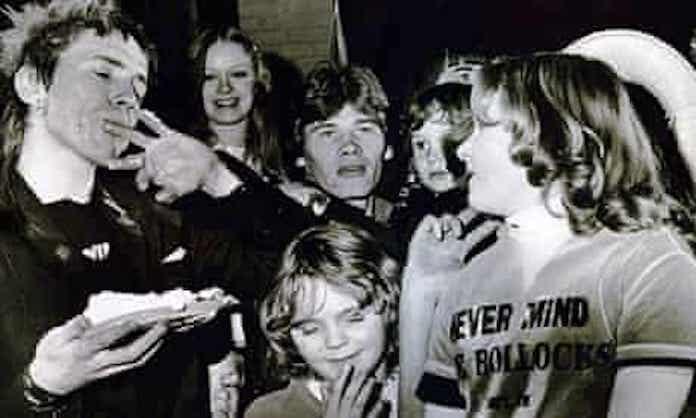 Sex Pistols no Natal de 1977