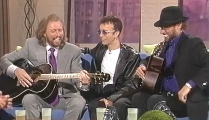 Bee Gees cantando