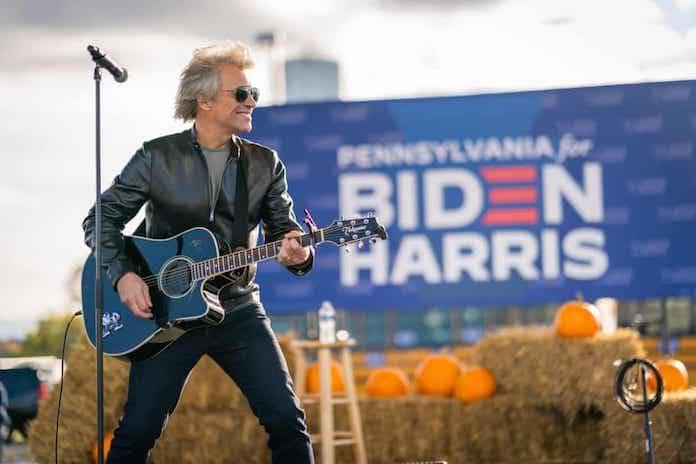 Jon Bon Jovi em comício de Joe Biden