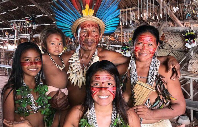 Cunhaporanga, jovem indígena que viralizou no TikTok e Instagram