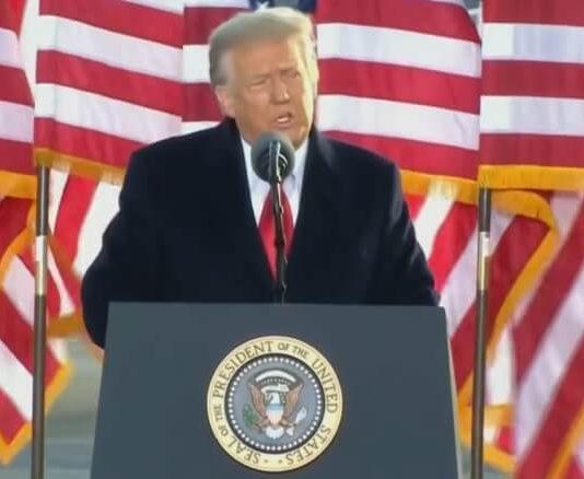 Donald Trump em despedida da presidência