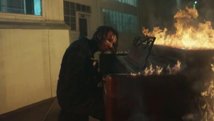 Fever 333 lança vídeo para a faixa