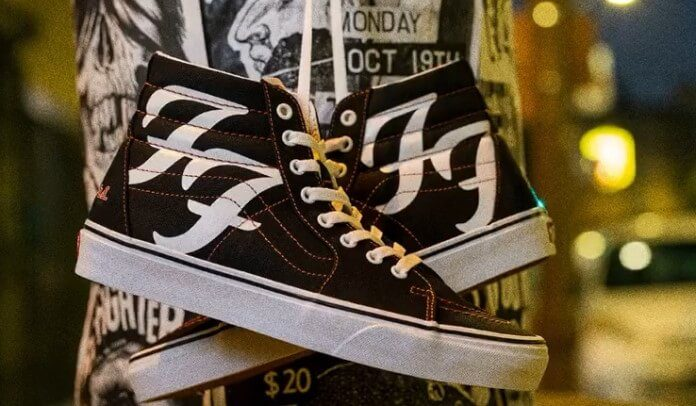 Tênis do Foo Fighters com a Vans