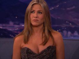 Jennifer Aniston explica cena de sexo deletada