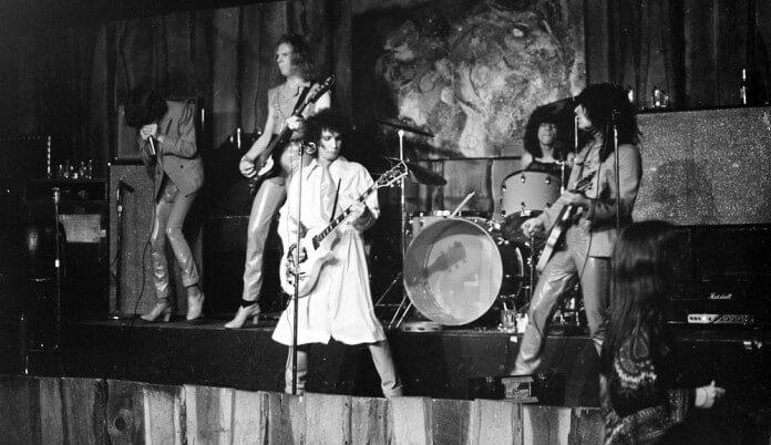 The New York Dolls em 1975