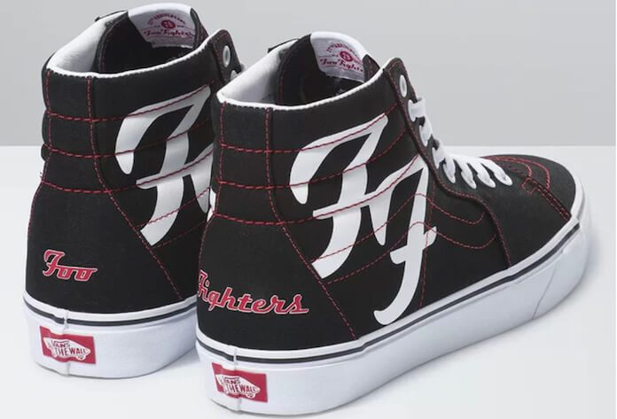 Tênis do Foo Fighters com a Vans