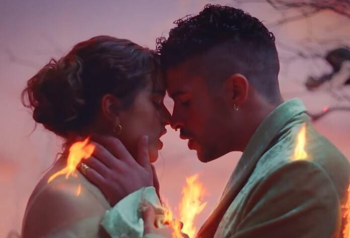 Bad Bunny e Rosalía lançam o clipe de
