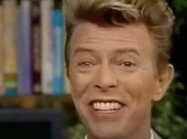David Bowie se declarando para a esposa na TV