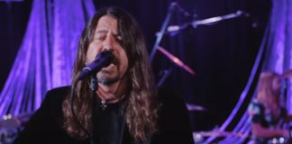 "Foo Fighters no Jimmy Fallon tocando ""Waiting on a War"""