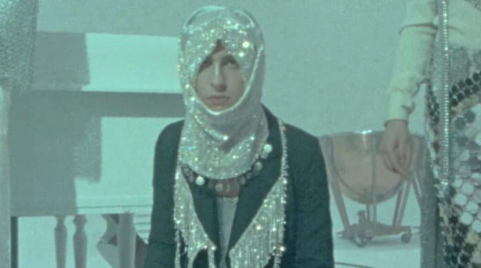 Greta Van Fleet no clipe de Heat Above