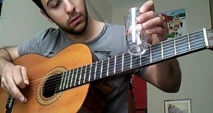 Tema de Breaking Bad no violão