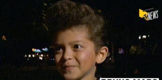 Bruno Mars foi entrevistado pela MTV aos 6 anos de idade por imitar Elvis Presley
