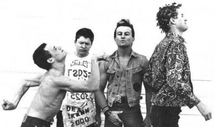 Flea na banda punk FEAR