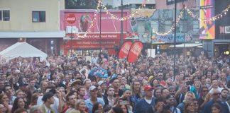 Nova Zelândia realiza festival com mais de 120 mil pessoas