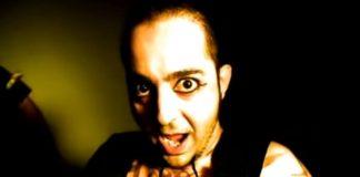 Daron Malakian no clipe de Chop Suey!, do System Of A Down