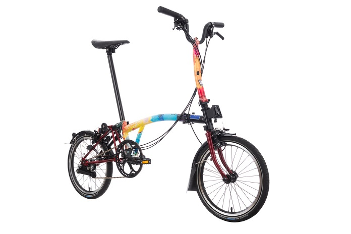 Artistas criam designer personalizados para bicicletas beneficentes
