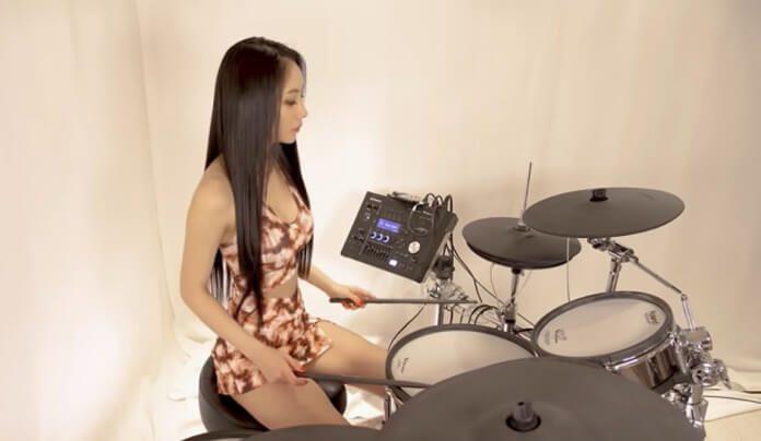 Baterista coreana faz cover incrível de clássico do Avenged Sevenfold