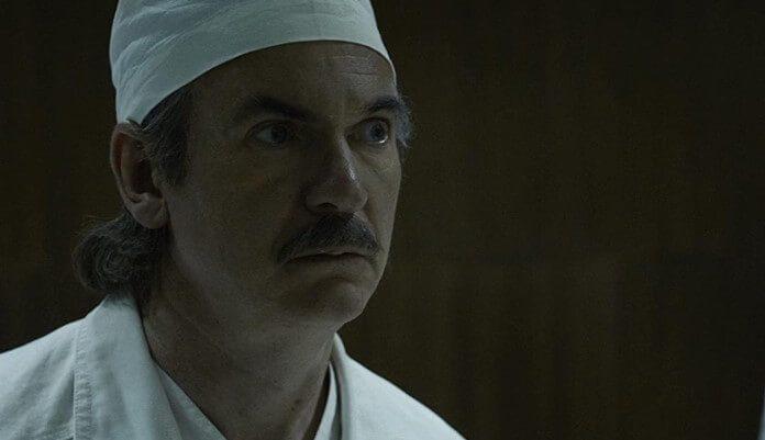Paul Ritter como Anatoly Dyatlov em Chernobyl