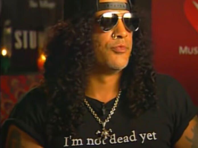 Slash em forte desabafo sobre as drogas
