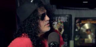 Slash relembrando sua guitarra roubada nunca recuperada