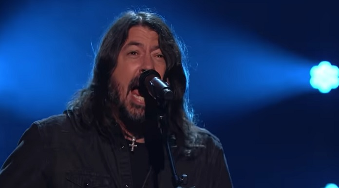 Dave Grohl recria The Best