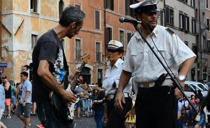 Pink Floyd - Money músico Roma