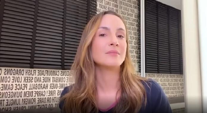 Claudia Leitte pede desculpas após se isentar em comentário no Altas Horas