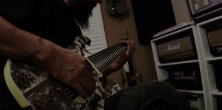 Guitarrista do Deftones ensina a tocar músicas da banda