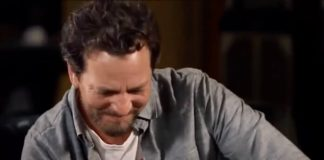 Eddie Vedder fala sobre seu verdadeiro pai em entrevista