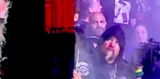 Guy Fieri em show do Slipknot