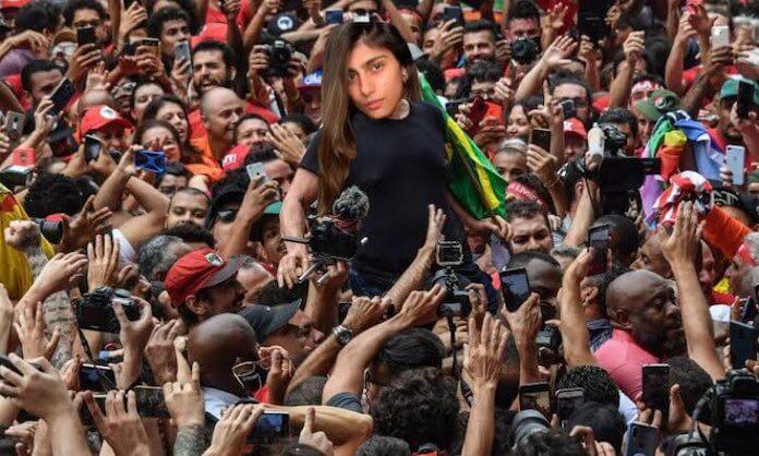 Mia Khalifa e confusão com CPI no Brasil