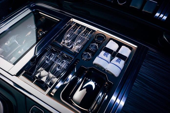Geladeira do Rolls Royce Boat Tail