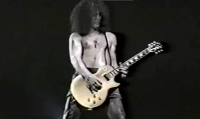 """O dia em que Slash se atrapalhou com o riff de """"Sweet Child O' Mine"""""""
