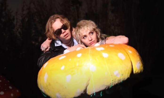 The Kid LAROI convida Miley Cyrus para nova versão de