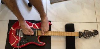 Guitarrista brasileiro guitarra Guns N' Roses pés