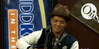 Bruno Mars e um mash-up incrível de Nirvana e Michael Jackson