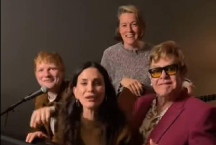 Friends: Ed Sheeran, Elton John e Courteney Cox cantando