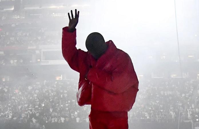 Kanye West apresentando Donda
