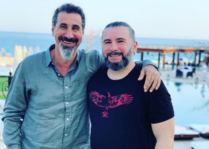 Serj Tankian e John Dolmayan do System of a Down