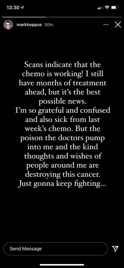 Mark Hoppus falando sobre tratamento do câncer