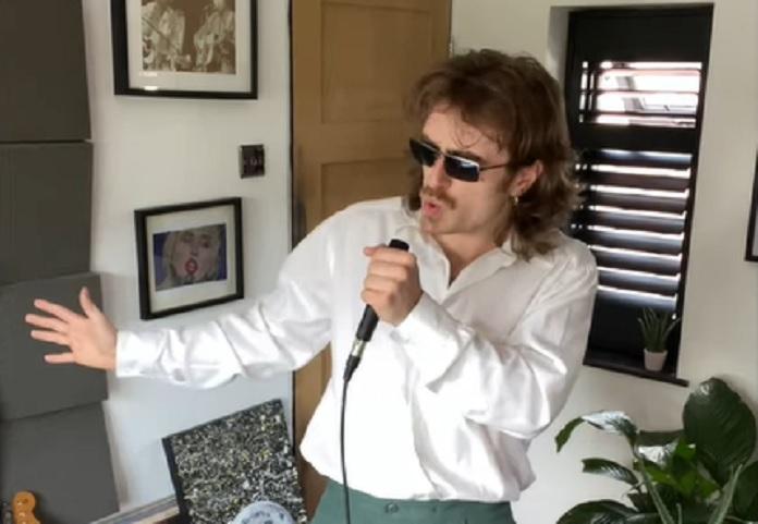 Youtuber Dua Lipa e Arctic Monkeys